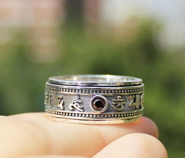 925 Sterling Silver Om Mani Padme Hum Lucky Rotatable Ring